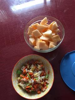 健康培根胡萝卜黄瓜蛋炒饭