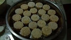 椰香冰皮月饼