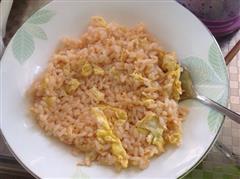 蕃茄鸡蛋炒饭
