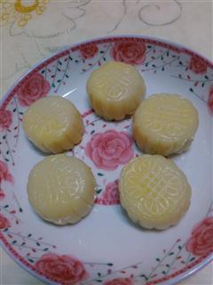 冰皮月饼奶黄馅
