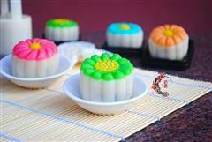 彩色冰皮月饼
