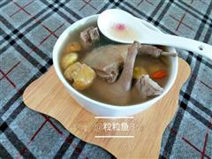 板栗鸽子汤