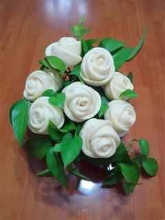 漂亮又好吃的玫瑰花馒头