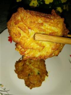 土豆丝肉粒煎饼