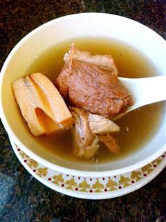 Winnie养生汤-莲藕花生排骨汤