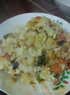 西红柿土豆香菇蛋炒饭