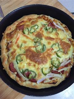 蔬菜火腿肠披萨