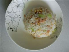火腿黄瓜蛋炒饭