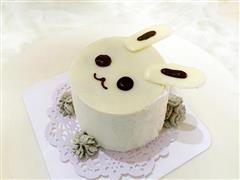 小白兔黑芝麻戚风蛋糕