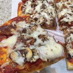 意大利乡村薄饼披萨 Pizza