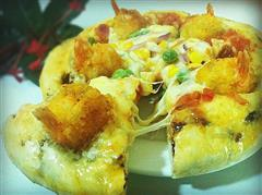 厚底卷边黄金虾球披萨