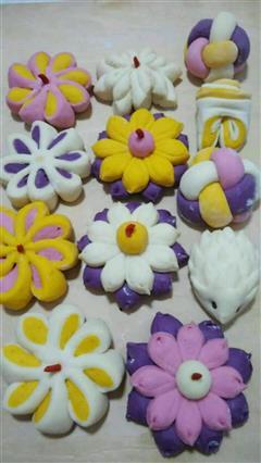 紫薯、南瓜多种疏菜花样花卷