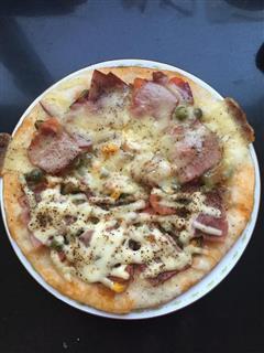 平底锅培根披萨