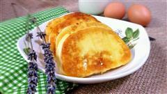蛋煎馒头片