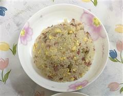 美味酱油榨菜蛋炒饭