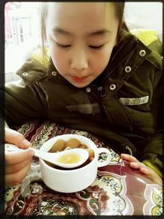 桂圆红枣雪梨银耳汤