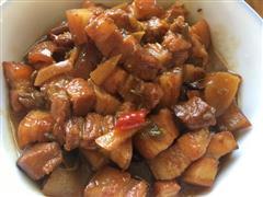 砂锅红烧肉
