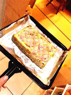 菠萝迷迭香火腿蛋披萨
