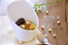 银耳莲子煲鸡汤—春季养生,预防流感,润肺止咳