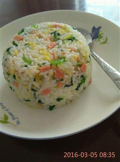 蔬菜蛋炒饭