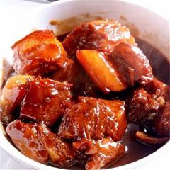 用电饭锅炖的红烧肉