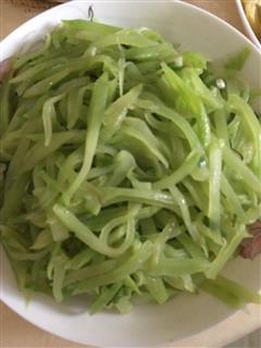 小葱炒莴笋