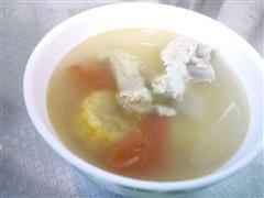西红柿玉米排骨汤