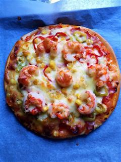 虾仁玉米肉片披萨