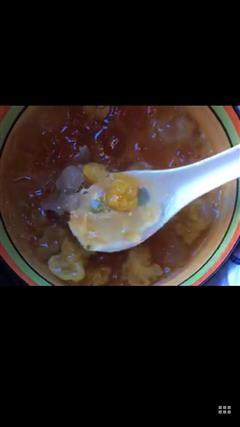 桃浆皂角米银耳汤