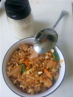 双蛋炒饭-我有米饭的一百种做法