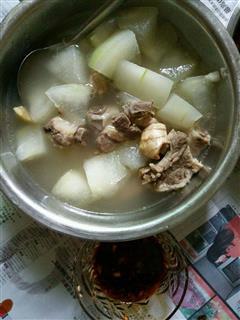 换季食补――冬瓜排骨汤