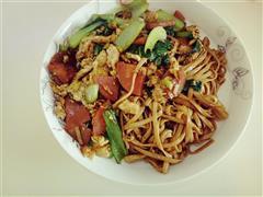 香肠青菜炒面