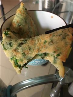 蒜苗煎鸡蛋饼