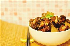红烧排骨萝卜藕