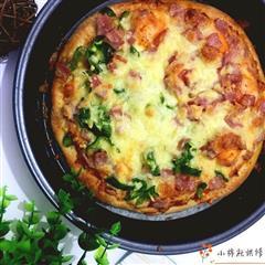 双拼披萨+咸蛋黄培根披萨