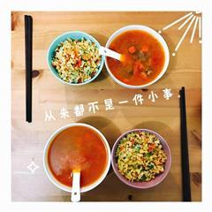 早餐 罗宋汤+黄金蛋炒饭