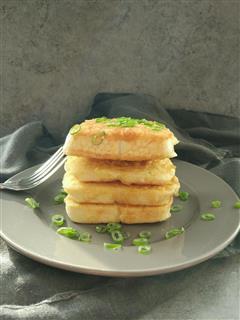 最爱的早餐-香煎馒头片