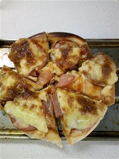妈妈味-火腿鸡肉披萨