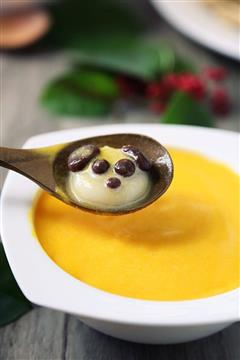 南瓜奶昔熊猫汤圆