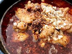 水煮鱼蛙锅
