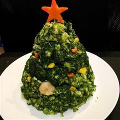西兰花土豆泥色拉圣诞树