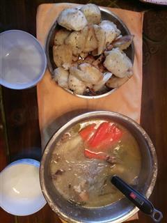 烤馒头配萝卜汤