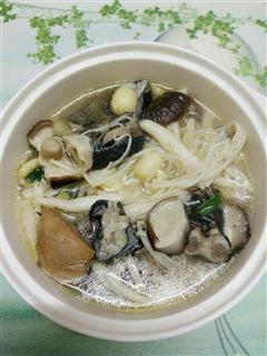 金针菇乌鸡汤