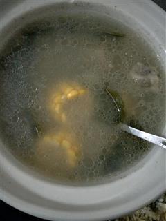 海带玉米山药排骨汤