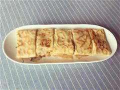 香蕉 草莓鸡蛋饼
