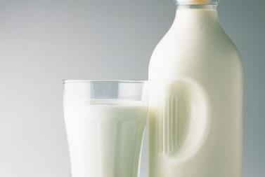 4个技窍教你分辨牛奶新鲜度