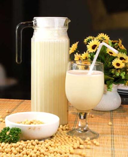 常喝牛奶或有助预防阿尔茨海默病