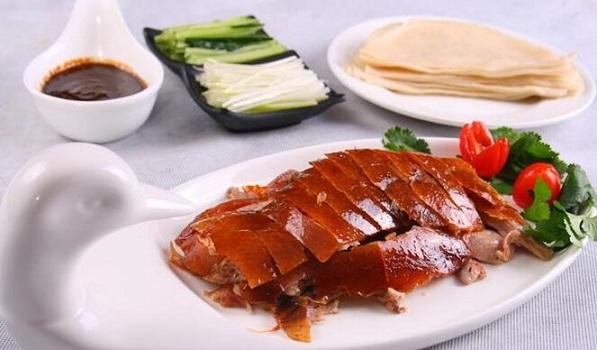 鸭肉的食用方法_鸭肉的食用禁忌_鸭肉的适合体质