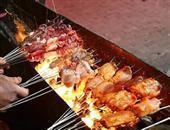 夏天吃烧烤的7个注意事项