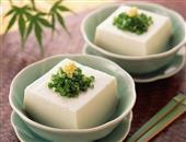 传统名菜麒麟豆腐的美味